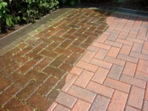 pressure washing driveways in North Arlington